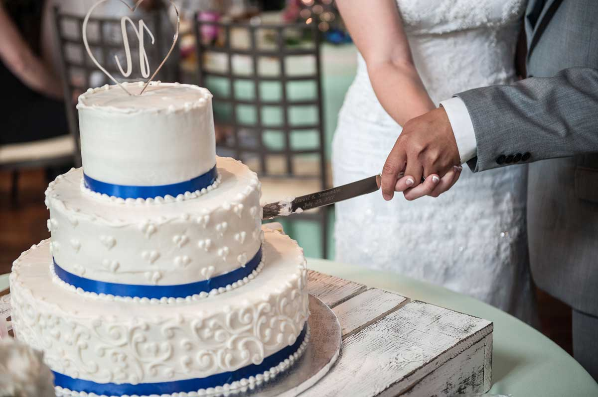 close up of cake cutting at The Ark in Katy